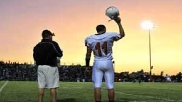 Photo: https://www.jobmonkey.com/sports-coaching/hs-football/