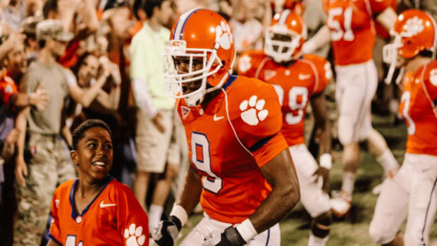 Photo: https://mickeyblog.com/2019/09/24/photos-released-from-the-upcoming-disney-film-safety-about-a-clemson-university-football-player/