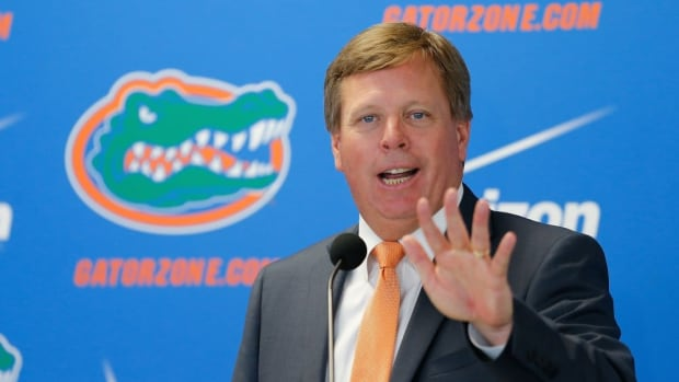 GAINESVILLE, FL - DECEMBER 06:  Florida Gators head coach Jim McElwain speaks during an introductory press conference on December 6, 2014 in Gainesville, Florida. McElwain has left Colorado State and replaces ex-Florida coach Will Muschamp who was fired earlier this season.  (Photo by Rob Foldy/Getty Images) ORG XMIT: 527057997 ORIG FILE ID: 460052346
