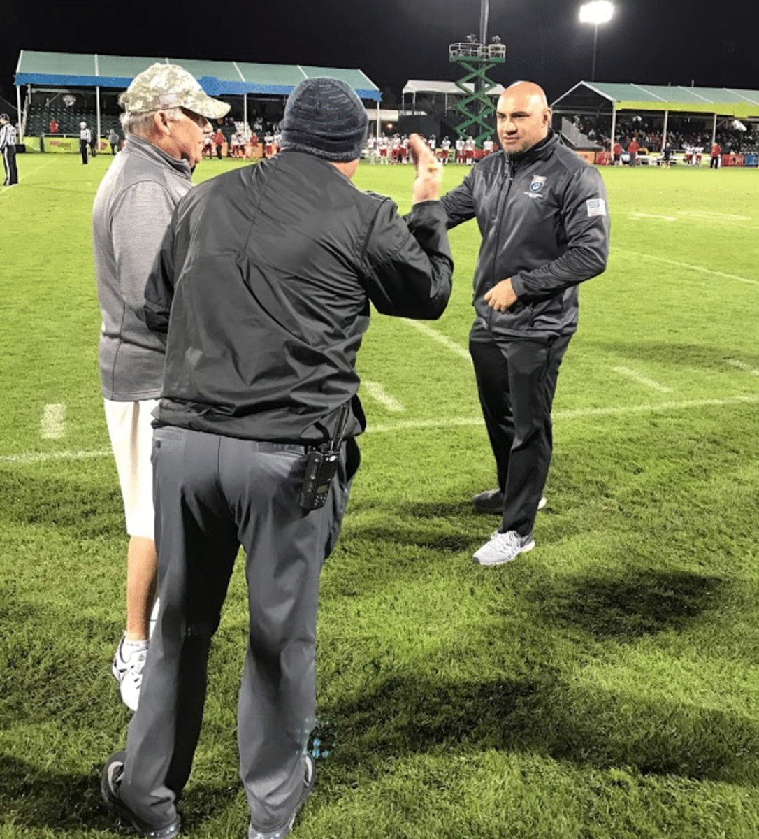 U-19 National head coach Kenny Sanchez & USA FB National Teams director Aaron Ingram engaging on the sidelines during USA's win over Canada