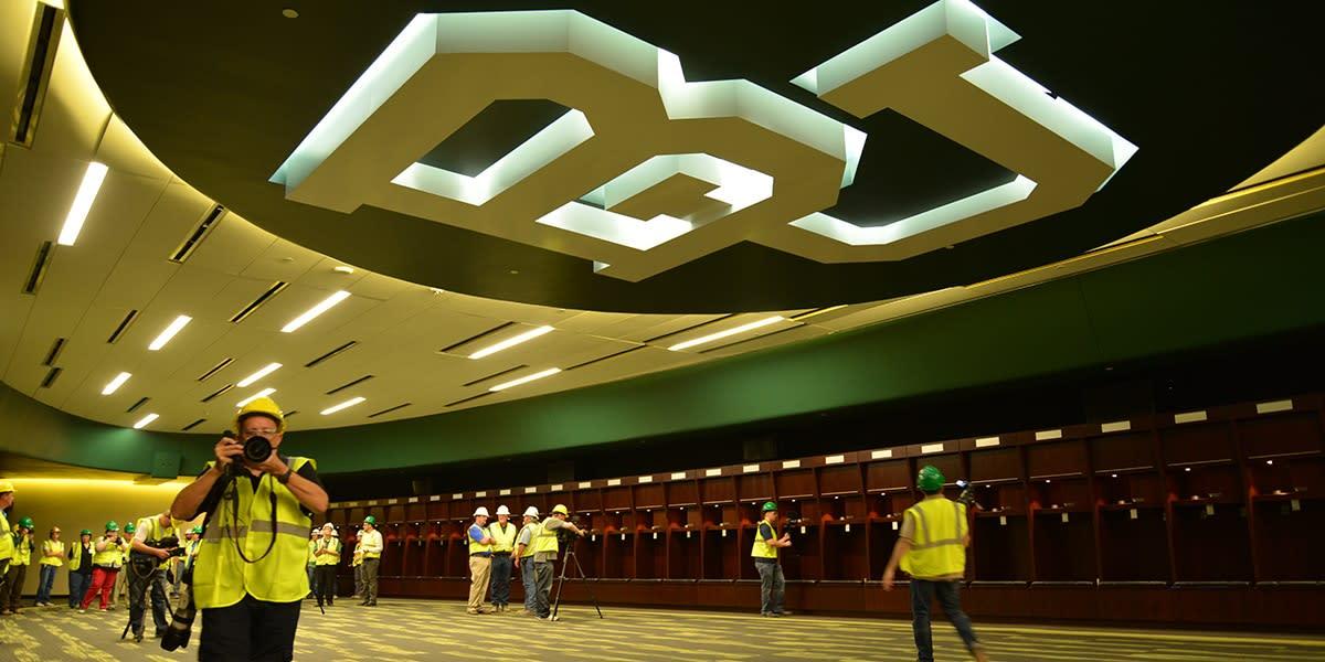 Video Tour Baylor S New Locker Room Inside Mclane Stadium