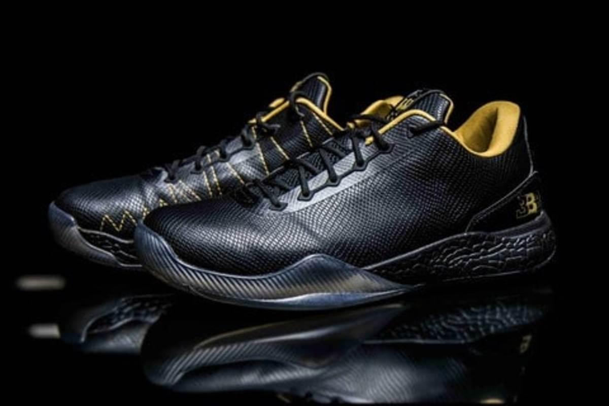 Lonzo shoe